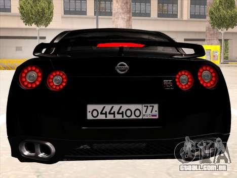 Nissan GTR-R35 Spec-V para GTA San Andreas vista traseira