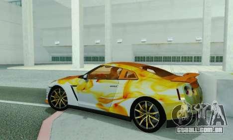 Nissan GTR Heavy Fire para GTA San Andreas traseira esquerda vista
