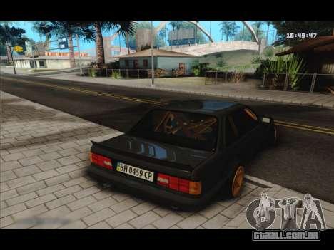 BMW e30 UDC para GTA San Andreas vista direita