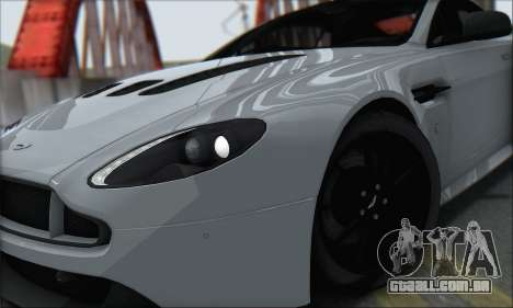 Aston Martin V12 Vantage S 2013 para GTA San Andreas vista direita