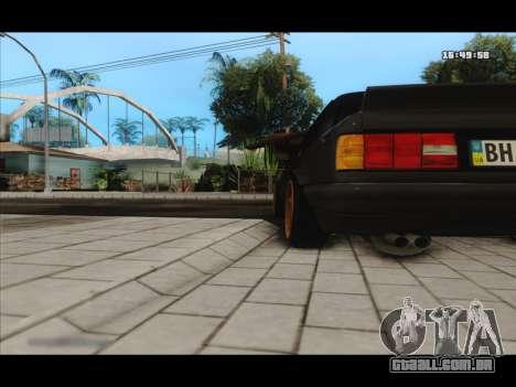 BMW e30 UDC para GTA San Andreas vista traseira
