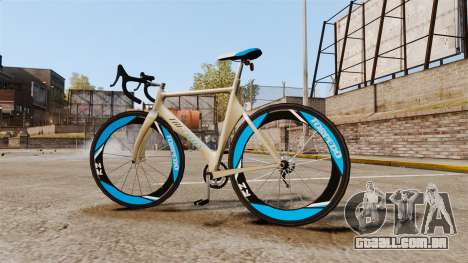 GTA V Tri-Cycles Race Bike para GTA 4 esquerda vista