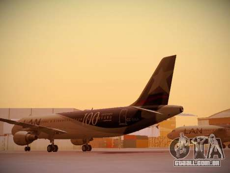 Airbus A320-214 LAN Airlines 100th Plane para GTA San Andreas traseira esquerda vista