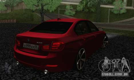 BMW 3 Series F30 2013 para GTA San Andreas esquerda vista