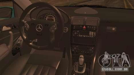 Mercedes-Benz C320 AMG para GTA San Andreas traseira esquerda vista