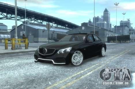 Mercedes-Benz E63 BRABUS 850 para GTA 4 esquerda vista