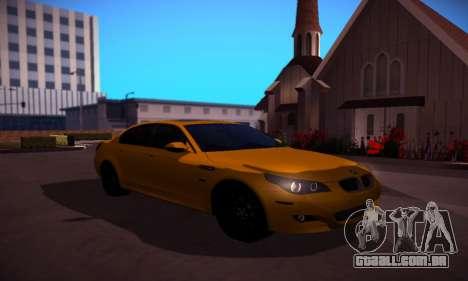 BMW M5 Gold para GTA San Andreas vista traseira