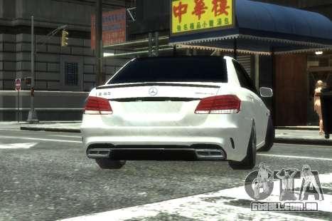 Mercedes-Benz E63 W212 AMG para GTA 4 vista de volta