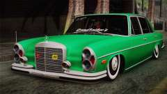 Mercedes-Benz 300 SEL DRY Garage