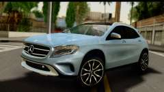 Mercedes-Benz GLA220 2014