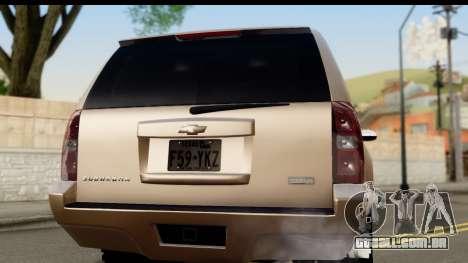 Chevrolet Suburban 4x4 para GTA San Andreas vista direita