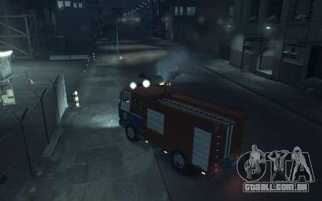 MAZ 533702 o Ministério das situações de emergên para GTA 4 vista direita