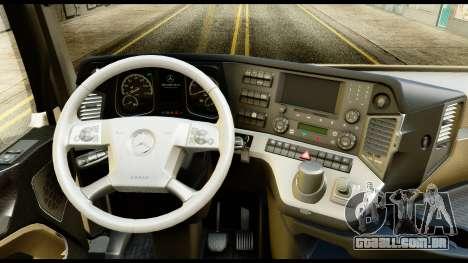 Mercedes-Benz Actros MP4 6x4 Standart Interior para GTA San Andreas vista direita