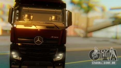 Mercedes-Benz Actros MP4 Stream Space Black para GTA San Andreas vista interior