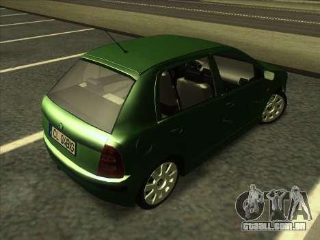 Skoda Fabia 2001 para GTA San Andreas vista direita