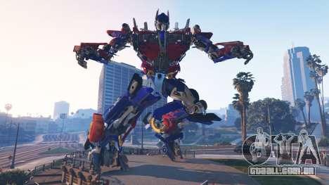 GTA 5 A Estátua De Optimus Prime segundo screenshot