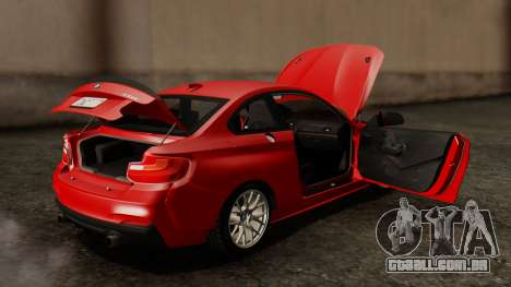 BMW M235i F22 Sport 2014 para GTA San Andreas vista inferior