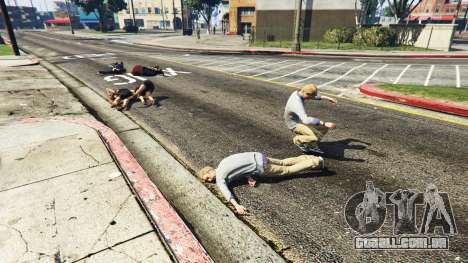 GTA 5 Chovendo peds terceiro screenshot