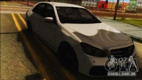 Mercedes-Benz E63 Brabus BUFG Edition para GTA San Andreas traseira esquerda vista