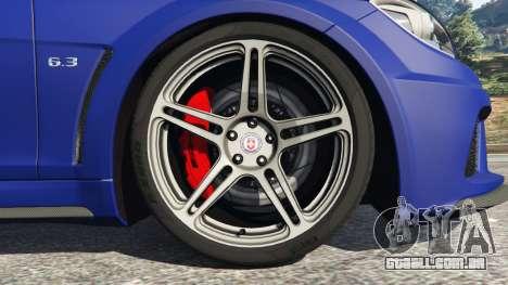 GTA 5 Mercedes-Benz C63 AMG 2012 LCPD traseira direita vista lateral