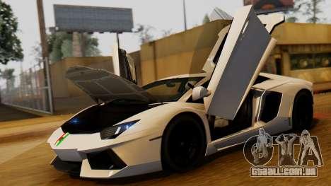 Lamborghini Aventador LP 700-4 2012 para GTA San Andreas vista direita