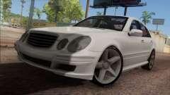 Mercedes-Benz E55 W211 AMG para GTA San Andreas