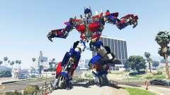A Estátua De Optimus Prime