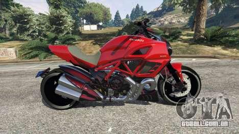 GTA 5 Ducati Diavel Carbon 2011 vista lateral esquerda