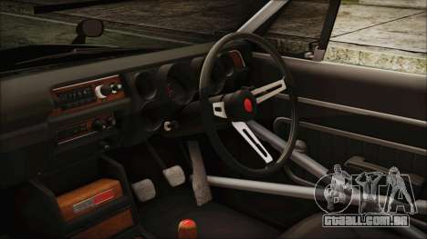 Nissan Skyline GT-R Hakosuka para GTA San Andreas vista direita