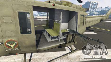 GTA 5 Bell UH-1D Iroquois Huey sexta imagem de tela