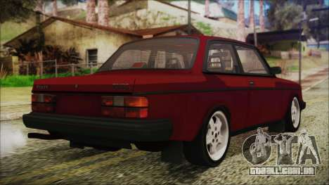 Volvo Turbo 242 Evolution Turbo 1983 para GTA San Andreas esquerda vista