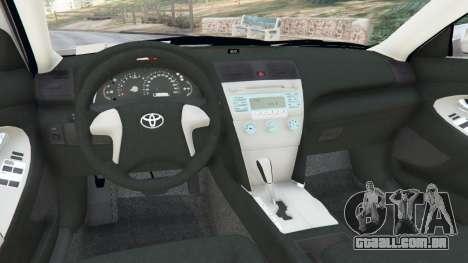 GTA 5 Toyota Camry 2011 traseira direita vista lateral