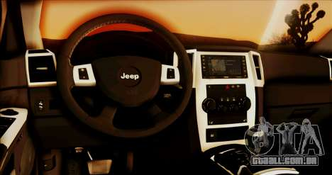 Jeep Grand Cherokee SRT8 Final version para GTA San Andreas vista traseira