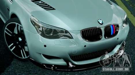 BMW M5 E60 para GTA 4 vista direita