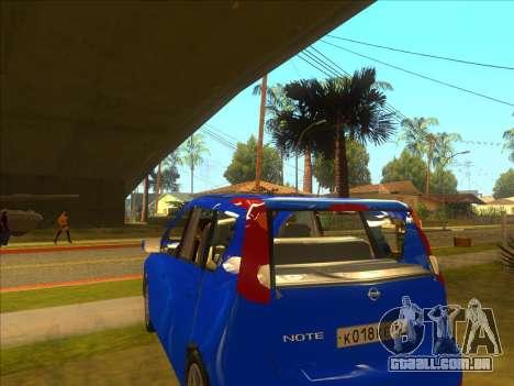 Nissan Note v0.5 Beta para GTA San Andreas vista interior