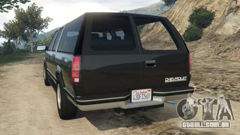GTA 5 Chevrolet Suburban GMT400 traseira vista lateral esquerda