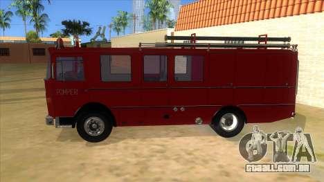 Roman 8135 FA para GTA San Andreas esquerda vista