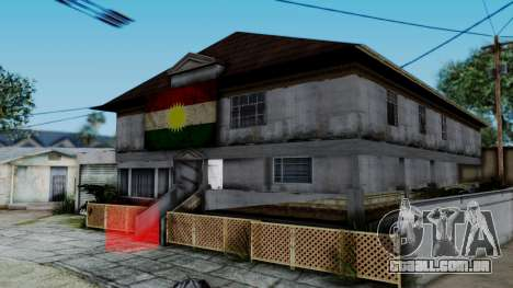New CJ House with Kurdish Flag para GTA San Andreas