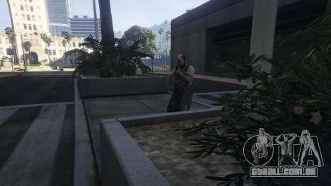 GTA 5 More crime mod 1.1a quarto screenshot