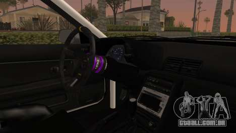 Nissan Skyline R32 Rusty Rebel para GTA San Andreas vista interior