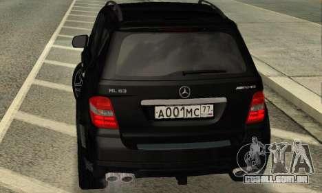 Mercedes-Benz ML 63 AMG para GTA San Andreas vista direita