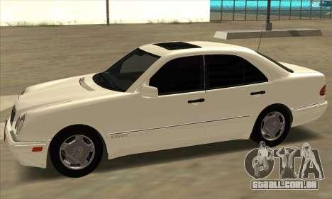 Mercedes-Benz E420 W210 para GTA San Andreas esquerda vista
