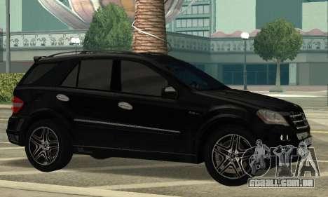 Mercedes-Benz ML 63 AMG para GTA San Andreas esquerda vista