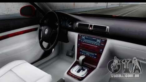 Skoda Superb Táxi Vermelho para GTA San Andreas vista interior