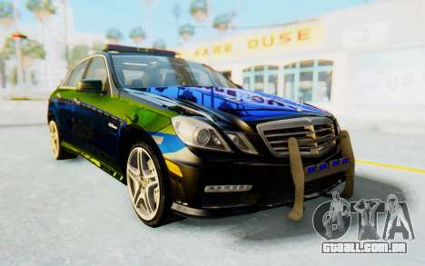 Mercedes-Benz E63 German Police Blue-Yellow para GTA San Andreas