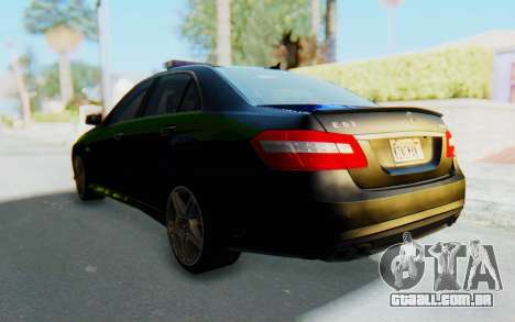 Mercedes-Benz E63 German Police Blue-Yellow para GTA San Andreas vista direita