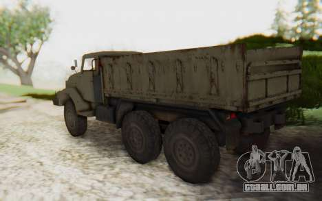MGSV Phantom Pain Zi-GRA 6T Truck para GTA San Andreas esquerda vista