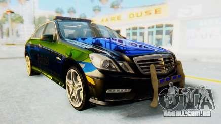 Mercedes-Benz E63 German Police Blue-Yellow para GTA San Andreas