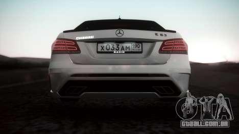 Mercedes-Benz E63 GSC para GTA San Andreas traseira esquerda vista