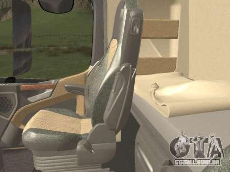 Mercedes-Benz Actros Mp4 6x4 v2.0 Steamspace v2 para GTA San Andreas interior